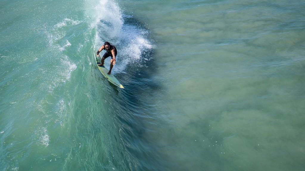 surfer-1149551_1280