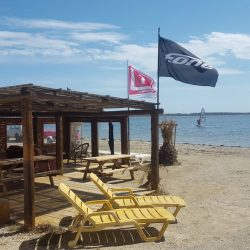 Surfone Recrute Moniteurs de Kitesurf Saison 2017