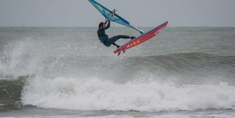 Ben Aerial Windsurf | Renverse à La Franqui | Le Blog Surfone