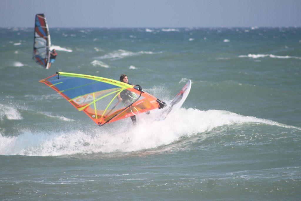 Windsurf Test Tabou 3s 96 IQ 5.0 2017 Cedric Bordes en Surf Basckside | Windsurf Test | Le Blog Surfone