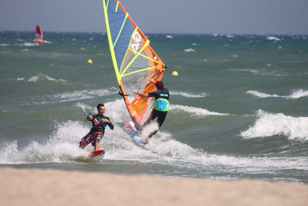 Windsurf Test 2017Cedric Bordes VS Kitesurf Stephane Nergrier | Windsurf Test | Le Blog Surfone